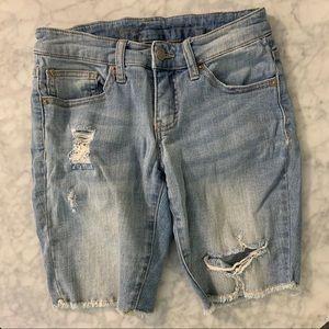 Mossimo Bermuda ripped Jean shorts